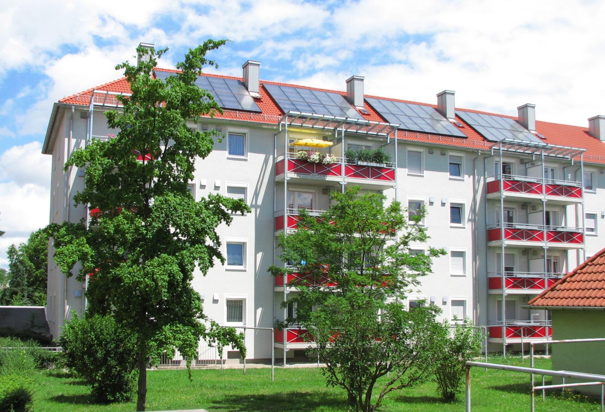 96 m² auf Mehrfamilienhaus