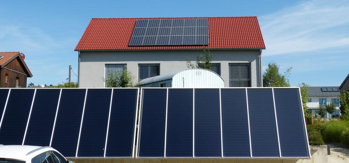 Solarheizung mit Großflächenkollektoren